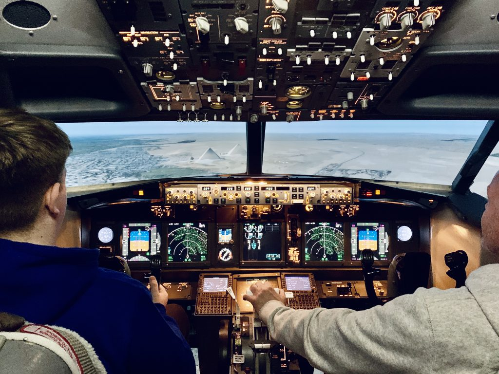 737-800 Fixed Base Simulator over the Great Pyramids in Egypt