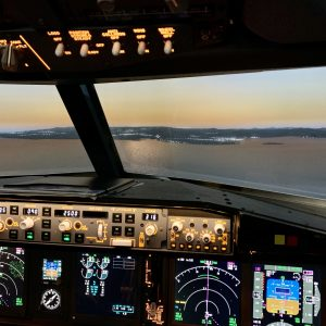 737NG Fixed base Sim approaching Mauritius at sunset